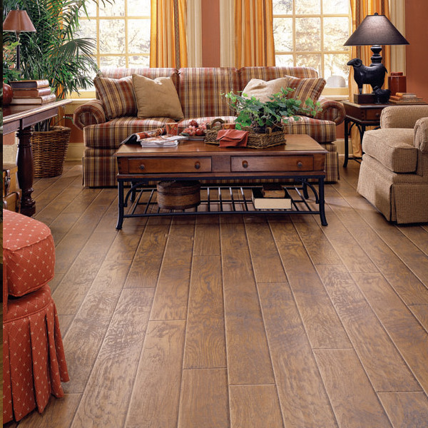 Natural hickory dupont by dupont for Best laminate flooring for bedrooms