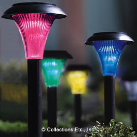 Four-Color Solar Garden Lights traditional outdoor lighting
