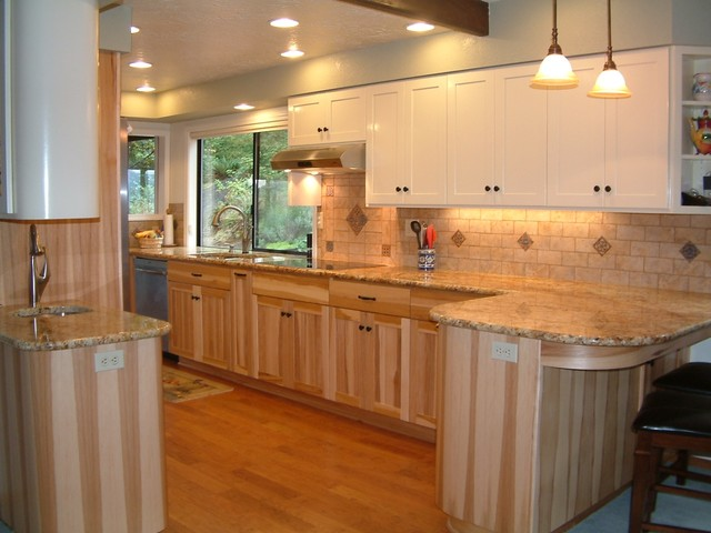 Design Alliance - Hickory - Traditional - Kitchen Cabinetry - portland - by F&C Custom Cabinets Inc