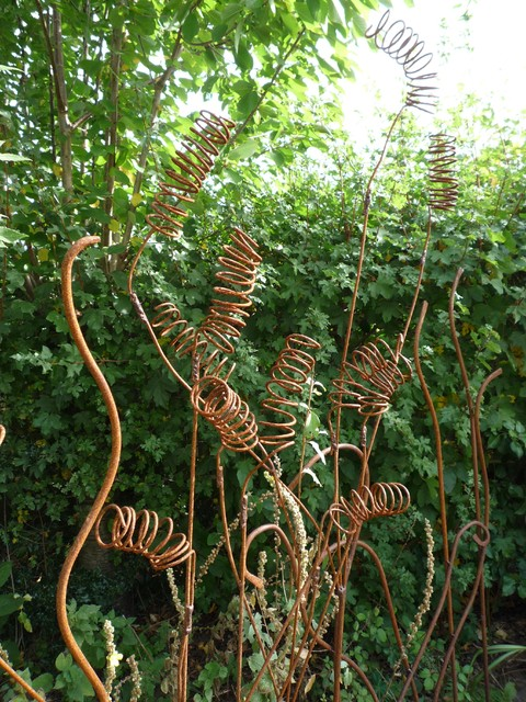 Sculpture by Anne Roberts of Fenton Roberts Garden Design outdoor-products