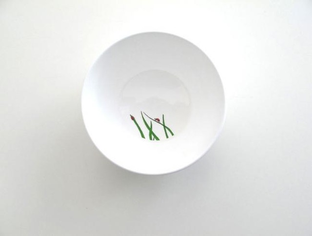 modern dinnerware by Smiling Planet