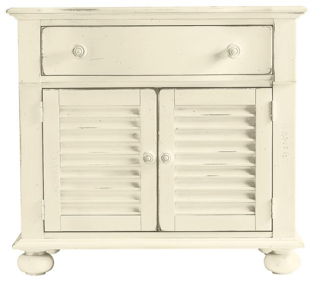 Coastal Living Cottage Summerhouse Chest beach-style-storage-cabinets