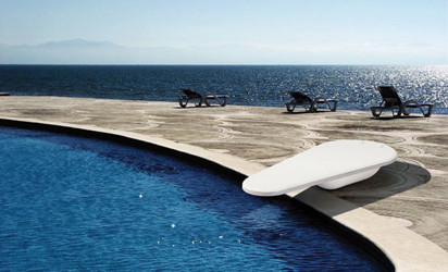 Diving Boards traditional-swimming-pools-and-spas