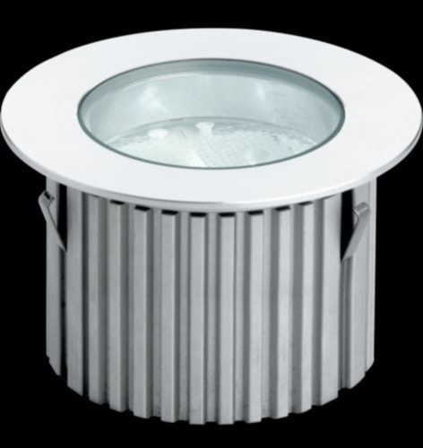 Cricket Recessed LED Light with Round Trim modern-recessed-lighting