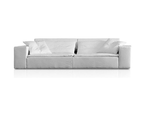 Pianca - Pianca | Duo 3 Seater Sofa - Design by R&S Pianca. Made in Italy by Pianca. Bring a modern style to your home with the Duo 3 Seater Sofa. Designed with fashionably thin cushions and a chunky frame, the sofa provides visual contrasts while offering you a place to comfortably seat yourself. Spruce up your space with the sophistication of a chic sofa.  Product Features: