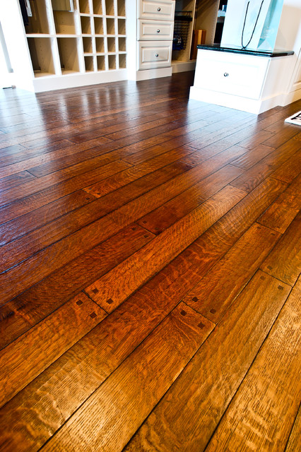 Old World Pristine Oak, Hand Scraped, French Bleed, Hand Chiseled Square Pegs traditional wood flooring