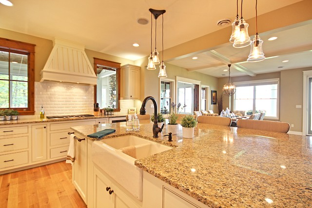 Waukeena - Beach Style - Kitchen - grand rapids - by Cottage Home, Inc.