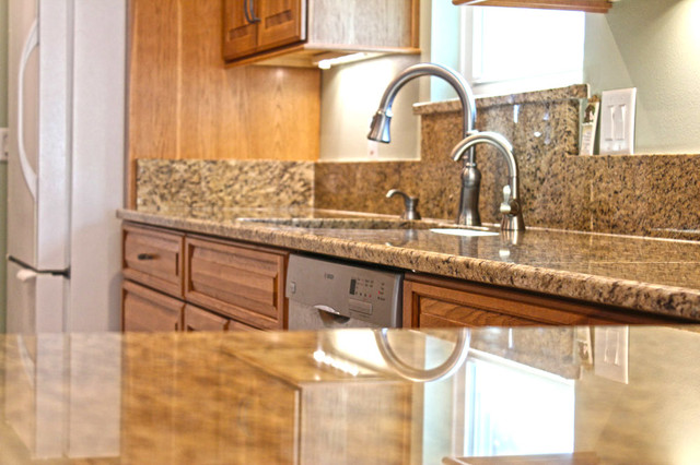 Musteric traditional-kitchen-countertops