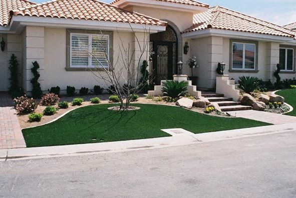 Home Putting Greens contemporary-landscape