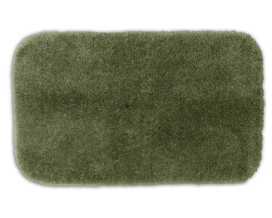 "Sands Rug - Posh Plush Silver Sage Washable Bath Rug (2'6"" x 4'2"") - Revel in spa-like luxury every time you step into your bath with the Posh Plush collection of bath rugs. The amazingly soft, yet durable, nylon plush is machine washable, and each floor piece has a non-skid latex backing for safety."