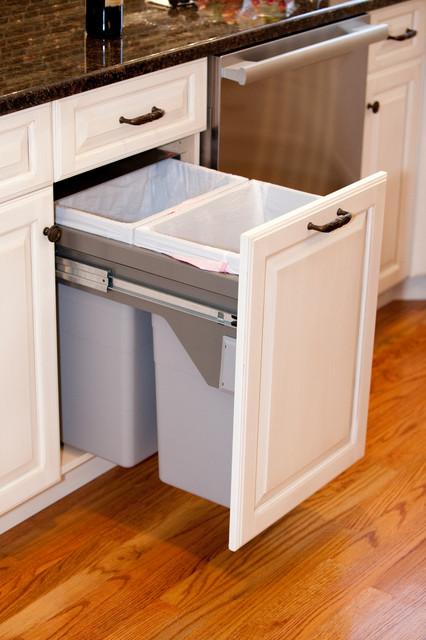 All Products / Kitchen / Kitchen Accessories / Kitchen Trash Cans