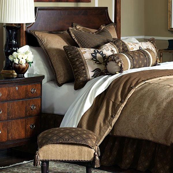 Bedding / Duvet Sets traditional-duvet-covers