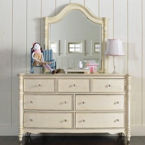 Ava 7 Drawer Dresser traditional-dressers