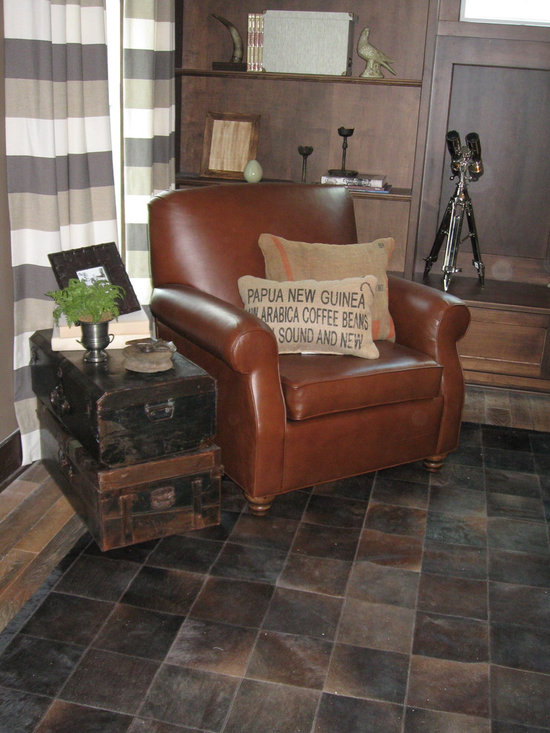 Parade of Homes 2012 - Leather Club Chair