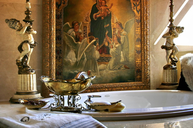 Glenn Johnson eclectic bathroom