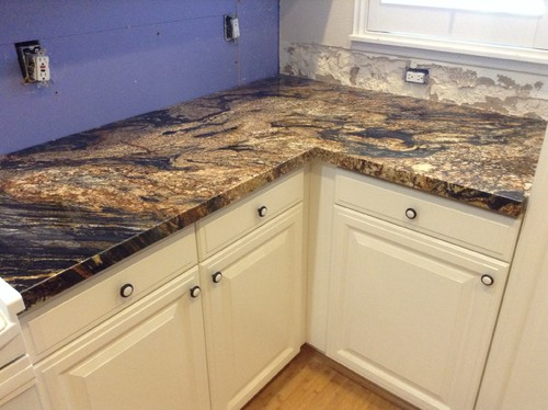 Backsplash Ideas For Magma Gold Counters Amp White Cabinets