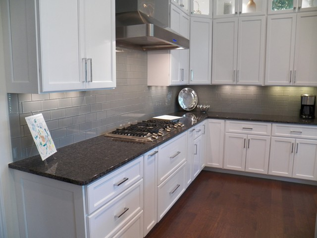 Light grey glass backsplash