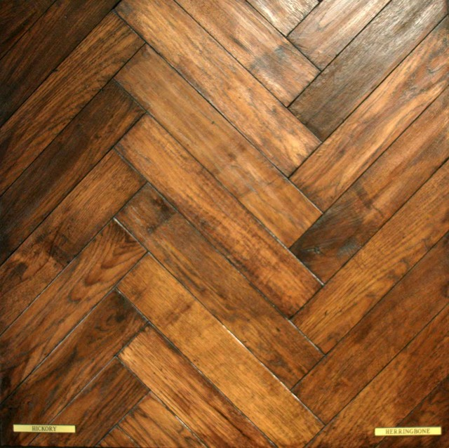 Ceramic tile wood plank pattern