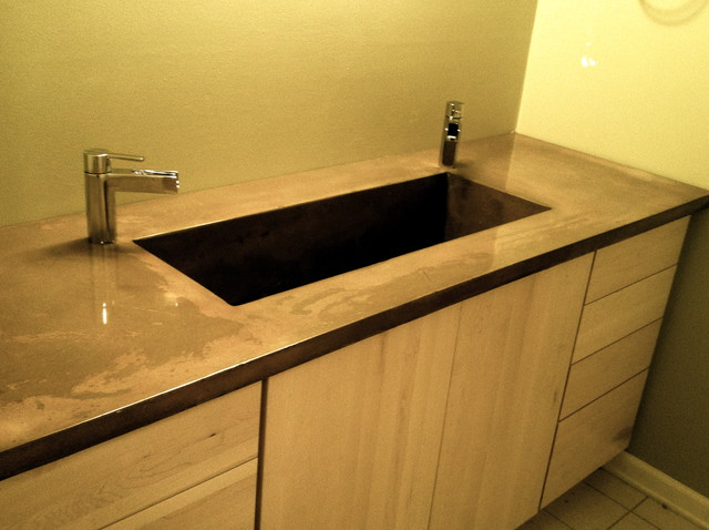 Concrete bath vanity with integral sink Modern Vanity