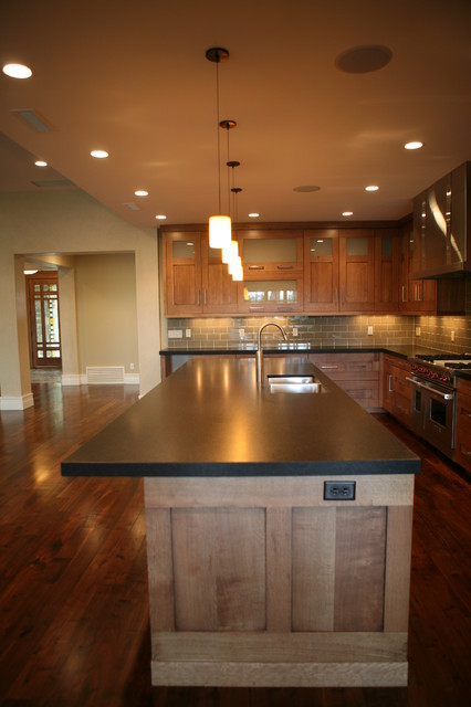 Holladay Remodel contemporary-kitchen-islands-and-kitchen-carts