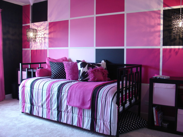 Pink and Black tween bedroom Contemporary chicago by