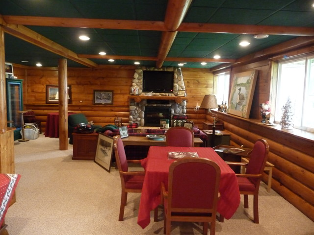 Log Cabin English Basement Traditional Chicago By