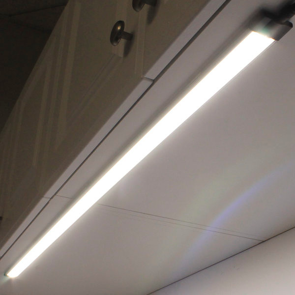 mod-t-nw40 Ultra Thin LED Under Cabinet Light Neutral White contemporary-paintings