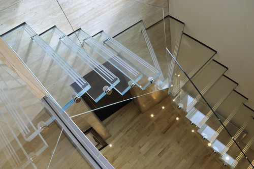7 Glass Staircases That Will Make You Feel Like You Re Floating On Air Photos Huffpost
