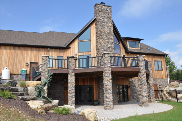 Custom Home Ski Lodge Style