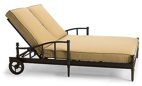 2011 Sorrento Double Outdoor Chaise Lounge Chair With Cushion Frontgate Pa