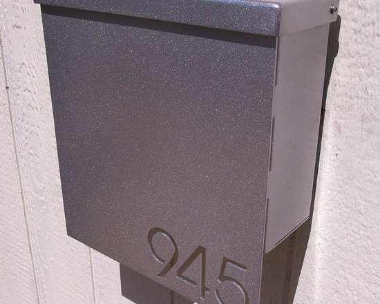 Address PCustom House Number Mailbox No. 1310 Drop Front in Powder Coated Alumin -