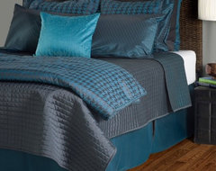 Rizzy Rugs London Comforter Set traditional-bedding