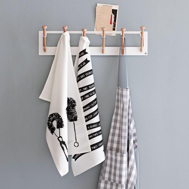 Pedersen + Lennard Hooks, Long traditional-hooks-and-hangers