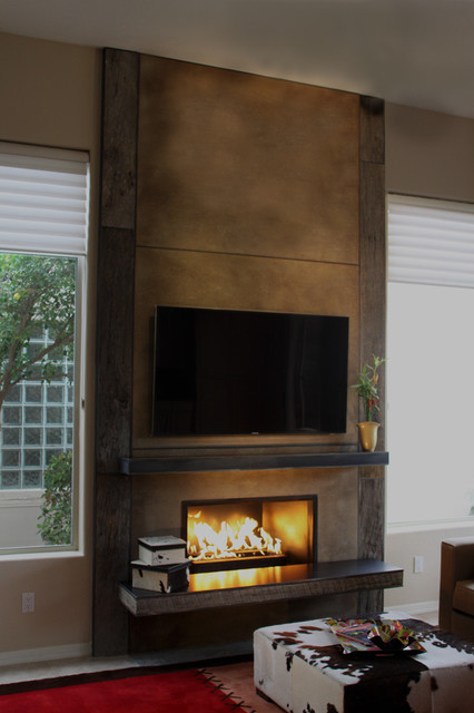 Fireplace Using Barn Wood From Porter Barn Wood Concrete