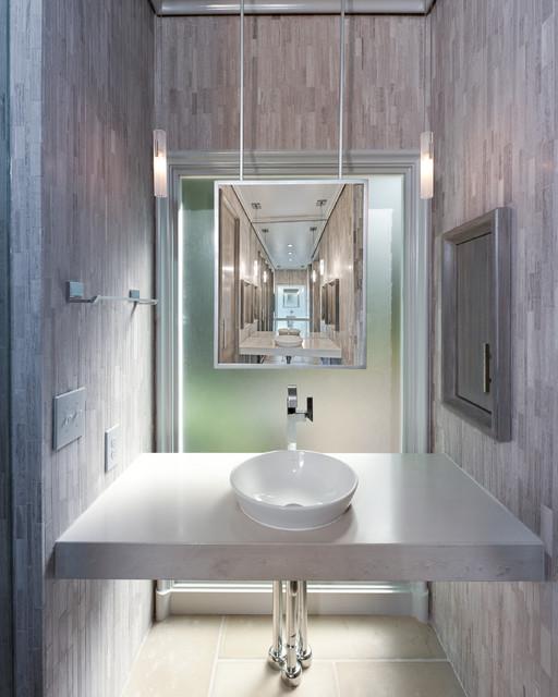 Master Bath With Sleek Modern Design
