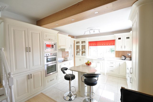 Inframe Traditional kitchen cabinets contemporary-kitchen