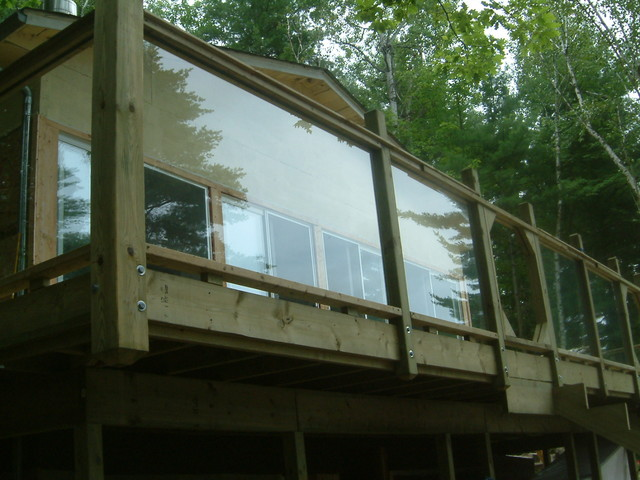 Wood and glass deck and railing toronto by r for Glass balcony railings designs