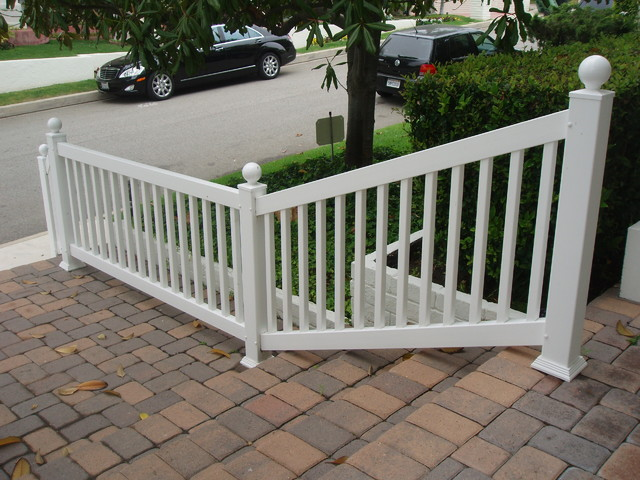 Guard Railing Modern Home Fencing And Gates Los