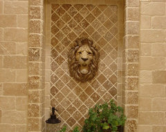 Monkton Lion Bath traditional