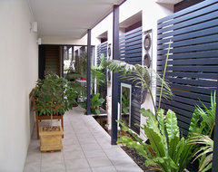 feng shui: 13 ways to bring positive energy to your front entrance