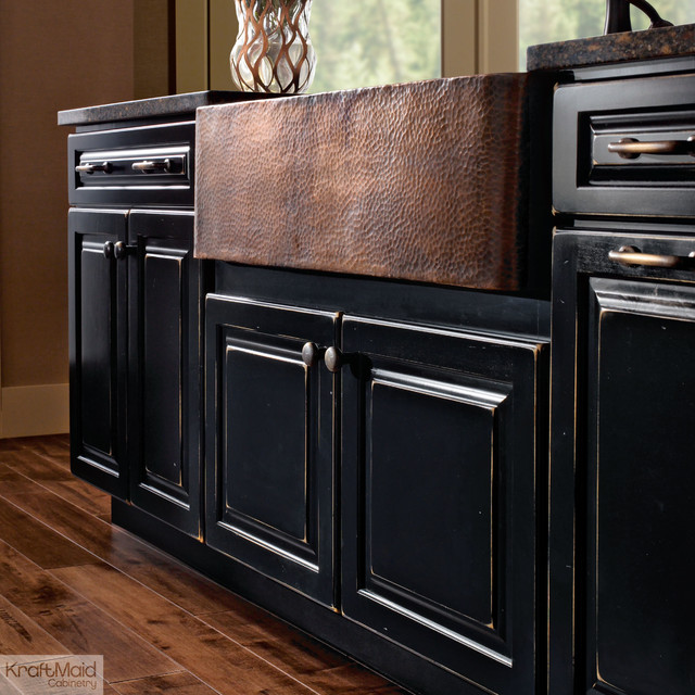 Kraftmaid apron sink base in vintage onyx farmhouse for Black onyx kitchen cabinets