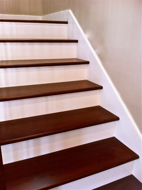 Maple Treads With White Risers Traditional Staircase