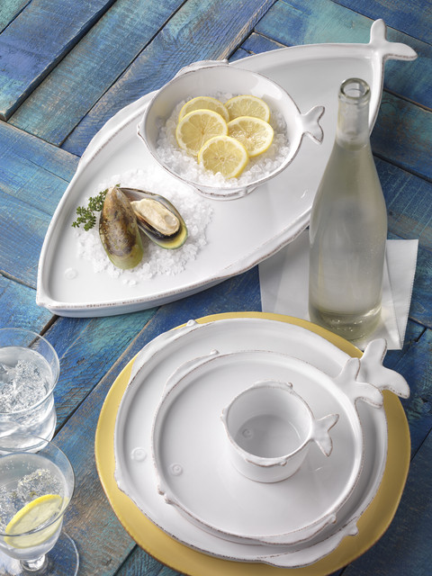 Fresh Fish Dinnerware contemporary-dinnerware