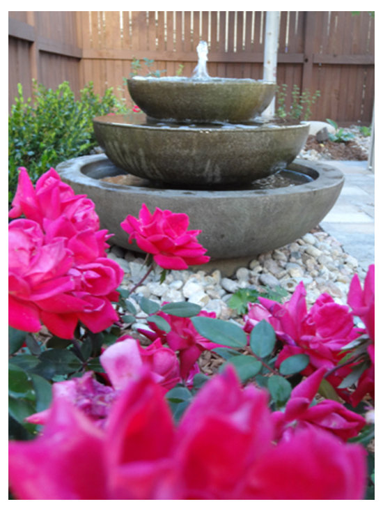 Campania International - Platia cast stone fountain -