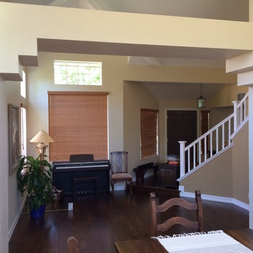 Dull living room with a keyboard piano for Living room keyboard