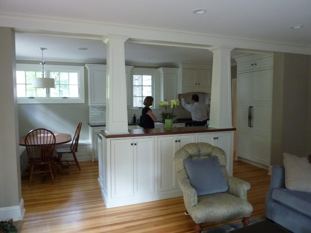 Separating The Family Room Kitchen Traditional