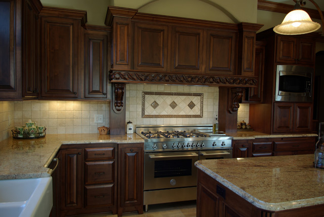 Woodcrest Residence traditional-kitchen