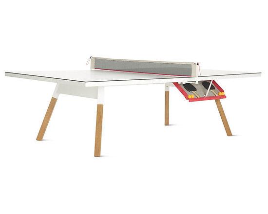 Bola Service Table -