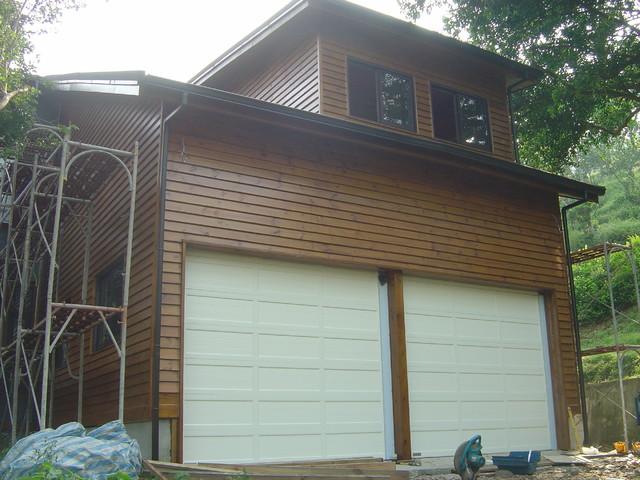 O'Leary stacking garage door modern-garage-doors-and-openers