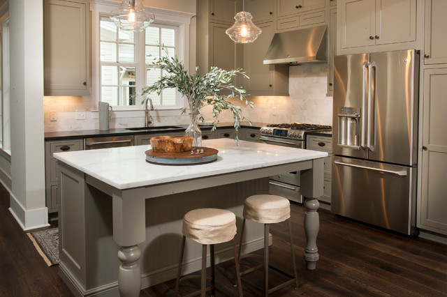 Palmetto Bluff Residence traditional-kitchen